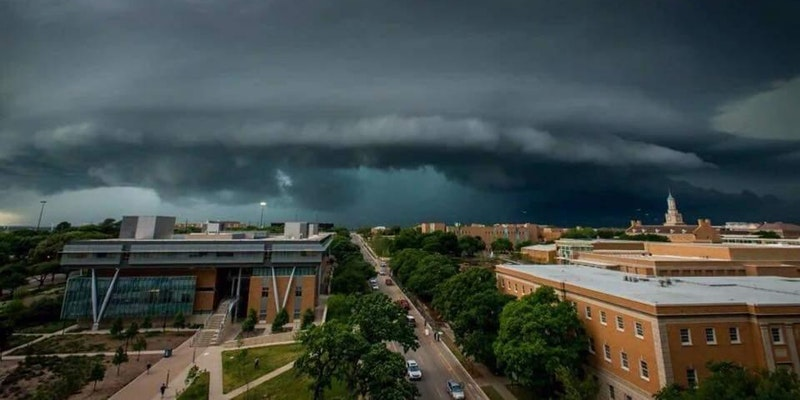 Image of severe weather on UNT Cmapus